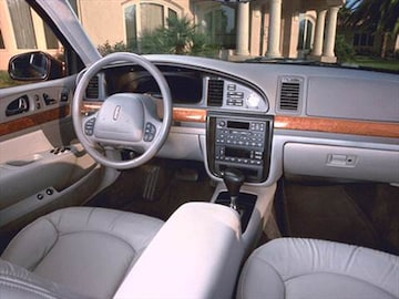 2001 Lincoln Continental | Pricing, Ratings & Reviews | Kelley Blue
