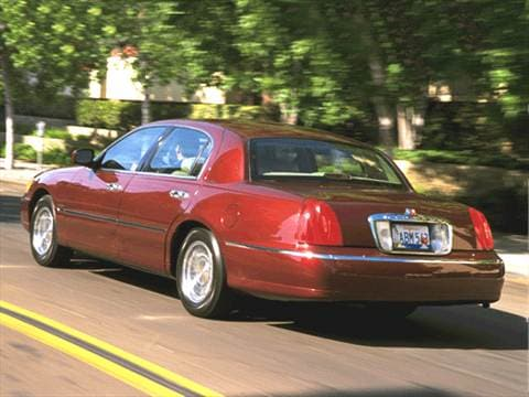 2001 Lincoln Town Car Pricing Ratings Reviews Kelley Blue Book