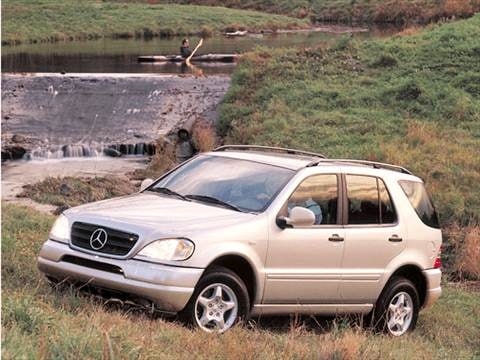 2001 Mercedes-Benz M-Class ML 320 Sport Utility 4D  photo