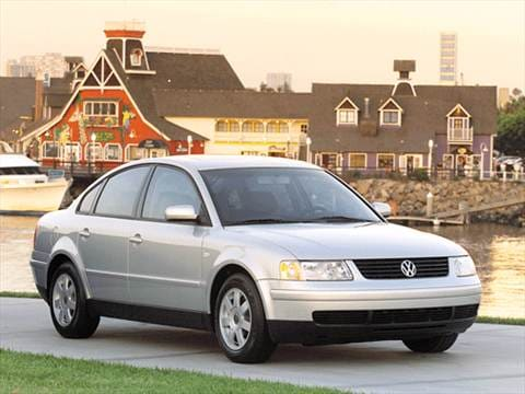 2001 Volkswagen Passat GLS Sedan 4D  photo
