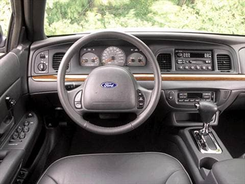 2002 ford crown victoria Interior