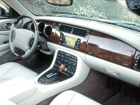 2002 jaguar xk Interior