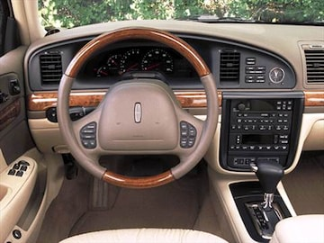 2002 Lincoln Continental Pricing Ratings Amp Reviews