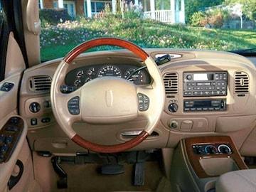 2002 lincoln navigator pricing ratings reviews kelley blue book for Lincoln navigator interior dimensions