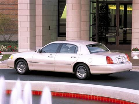2002 Lincoln Town Car Pricing Ratings Amp Reviews Kelley Blue Book
