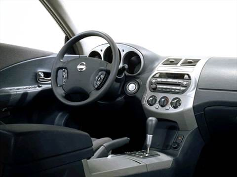 2002 nissan altima Interior