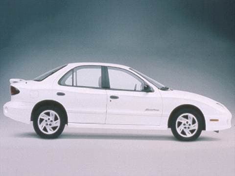 2002 pontiac sunfire pricing ratings reviews kelley. Black Bedroom Furniture Sets. Home Design Ideas