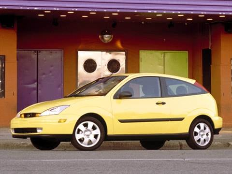 2003 Ford Focus ZX3 Hatchback 2D  photo