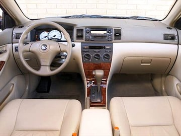 2003 toyota corolla pricing ratings reviews kelley blue book for Toyota corolla 2003 interior