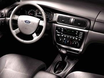 2004 Ford Taurus Interior