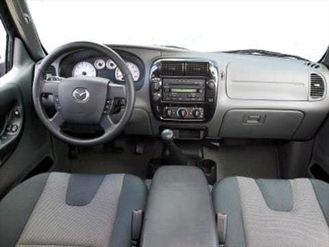 2004 mazda b series cab plus Interior