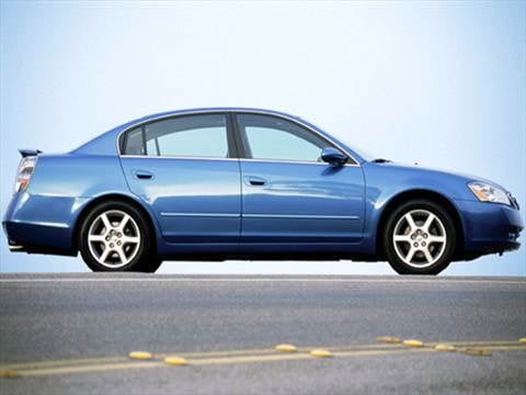 2004 nissan altima pricing ratings reviews kelley blue book rh kbb com 2002 Nissan Altima 2006 Nissan Altima
