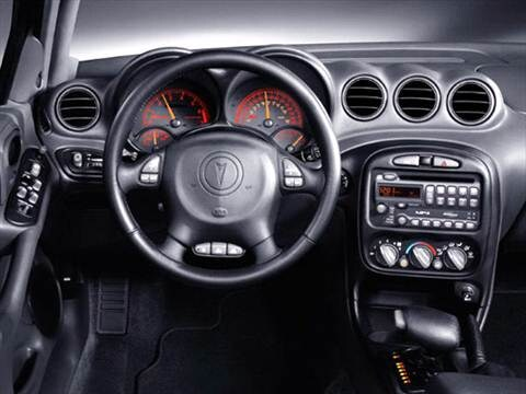 2004 pontiac grand am Interior