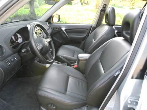 2004 Toyota Rav4 Interior ...