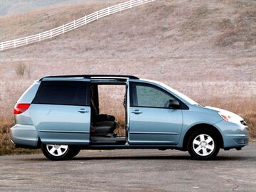 2004 Toyota Sienna Exterior