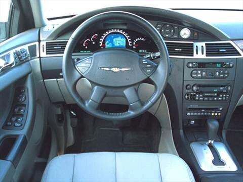 Elegant ... 2005 Chrysler Pacifica Interior