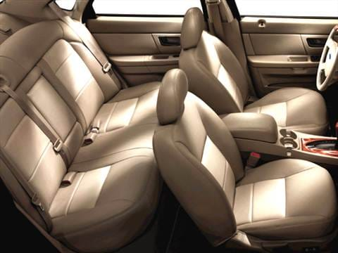2005 ford taurus Interior