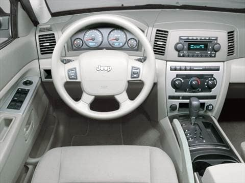 ... 2005 Jeep Grand Cherokee Interior