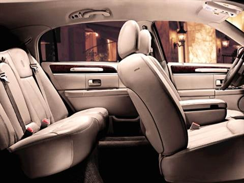 2005 lincoln town car Interior