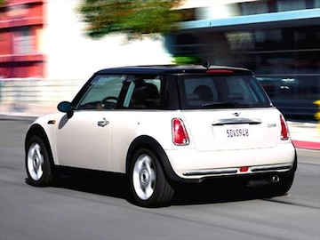 2005 mini cooper pricing ratings reviews kelley. Black Bedroom Furniture Sets. Home Design Ideas