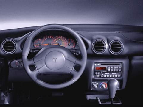 2005 pontiac sunfire Interior