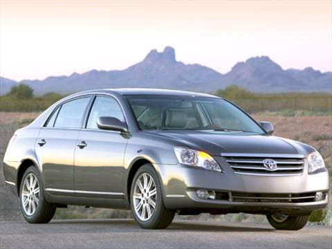 2010 Toyota Corolla S >> 2005 Toyota Avalon | Pricing, Ratings & Reviews | Kelley Blue Book