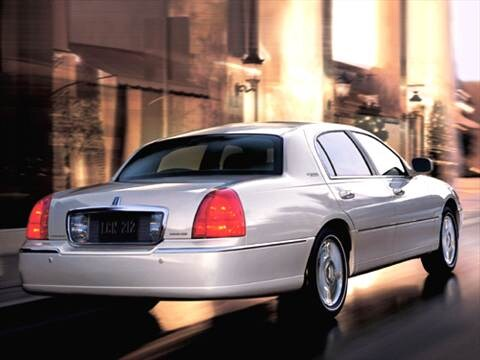 2006 Lincoln Town Car Pricing Ratings Amp Reviews Kelley Blue Book