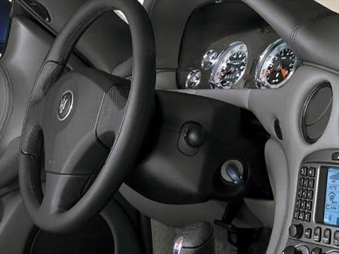 2006 maserati coupe Interior