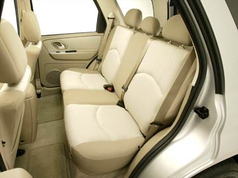 2006 mercury mariner Interior