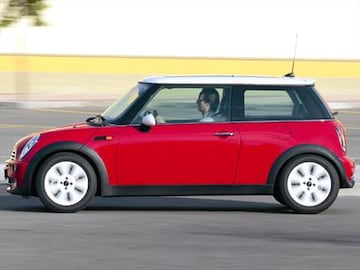 2006 mini cooper pricing ratings reviews kelley blue book. Black Bedroom Furniture Sets. Home Design Ideas