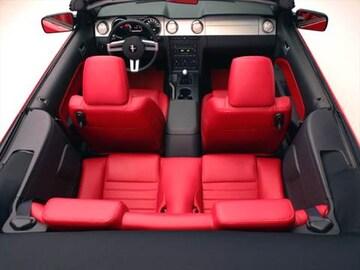 2007 Ford Mustang Interior