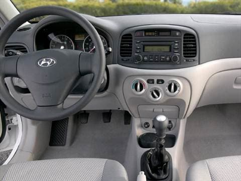 2007 hyundai accent Interior