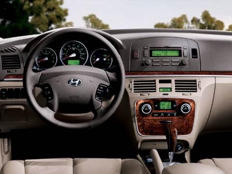 Good ... 2007 Hyundai Sonata Interior