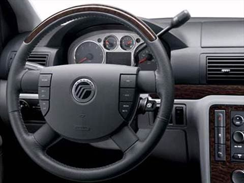2007 mercury monterey Interior