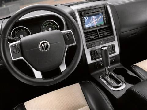 2008 mercury mountaineer Interior