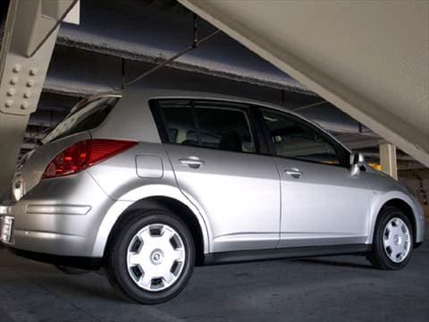 2008 nissan versa sl hatchback 4d pictures and videos. Black Bedroom Furniture Sets. Home Design Ideas