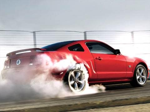 2009 Ford Mustang GT Deluxe Coupe 2D  photo