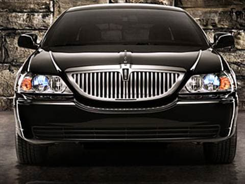 2009 Lincoln Town Car Pricing Ratings Reviews Kelley Blue Book