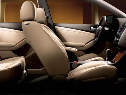 2009 nissan altima Interior
