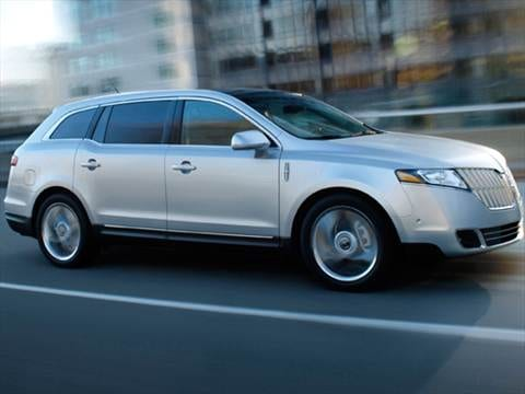 2010 Lincoln MKT Sport Utility 4D  photo