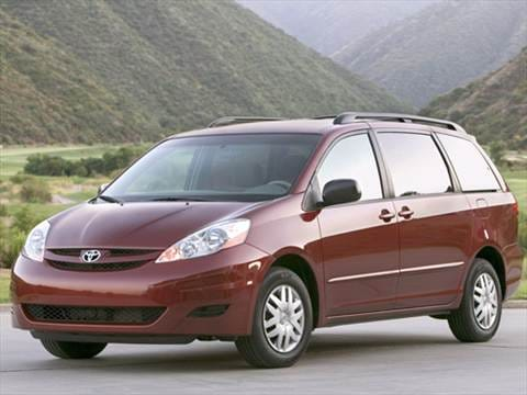 2010 Toyota Sienna CE Minivan 4D  photo