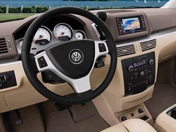 2010 Volkswagen Routan Interior
