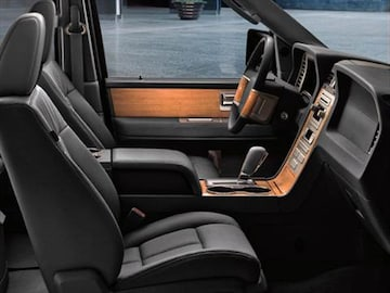 2011 lincoln navigator l pricing ratings reviews kelley blue book 2000 lincoln navigator interior