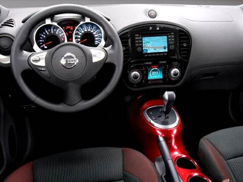 Nissan juke 2011 interior