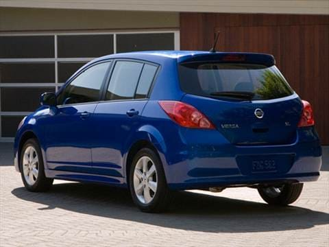 2011 Nissan Versa S Hatchback 4d Pictures And Videos