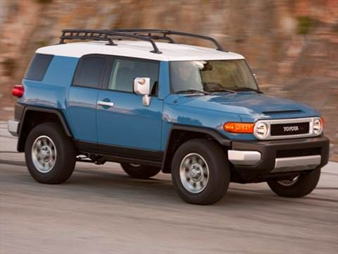 2011 toyota fj cruiser pricing ratings reviews kelley blue book. Black Bedroom Furniture Sets. Home Design Ideas