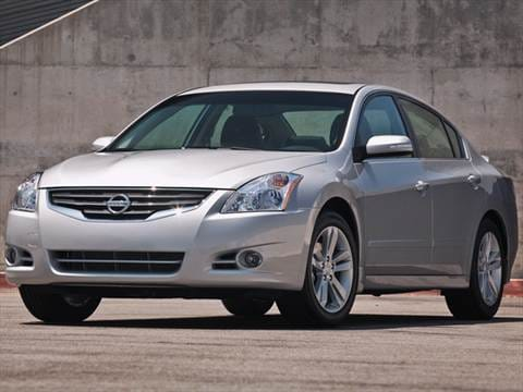 2012 Nissan Altima. 27 MPG Combined