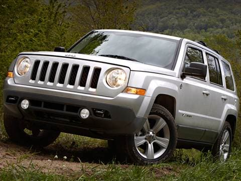 2013 Jeep Patriot Latitude Sport Utility 4D  photo