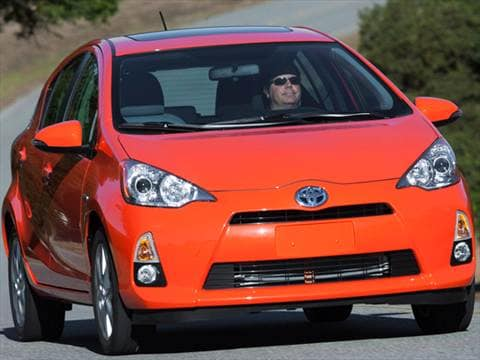 2013 toyota prius c two hatchback 4d pictures and videos. Black Bedroom Furniture Sets. Home Design Ideas