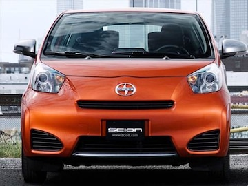 2014 scion iq pricing ratings reviews kelley blue book. Black Bedroom Furniture Sets. Home Design Ideas